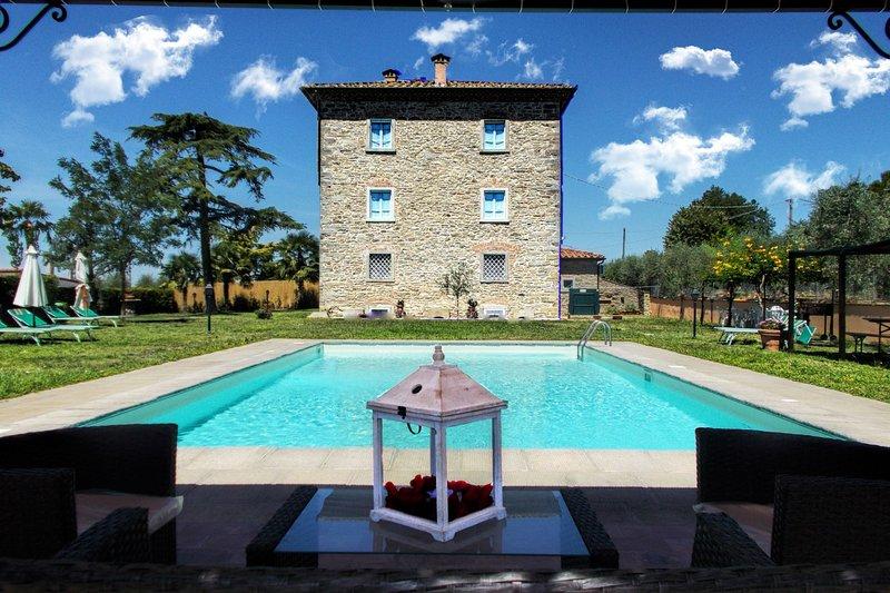 VILLA IL PALAZZO, holiday rental in Fratticciola