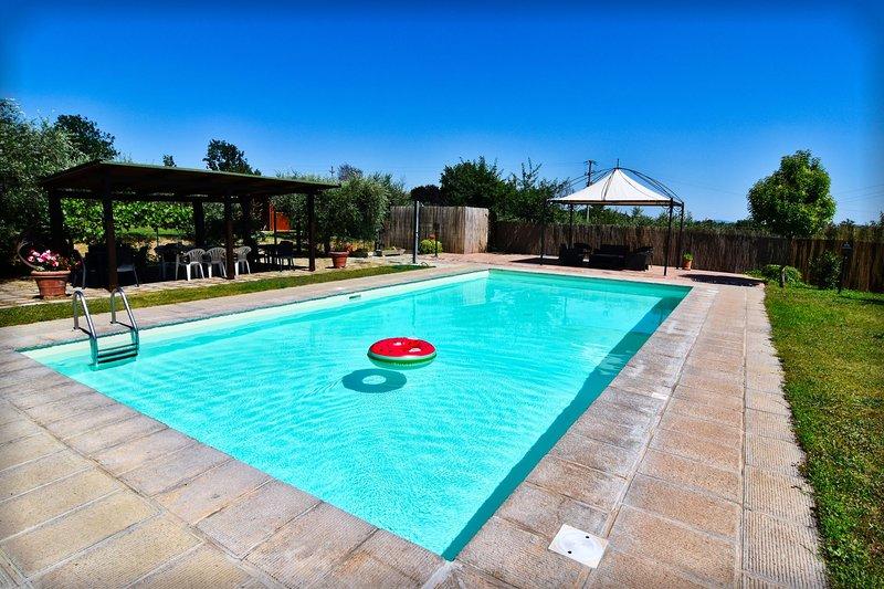 Fratta-Santa Caterina Villa Sleeps 20 with Pool and Air Con - 5490603, holiday rental in Fratticciola