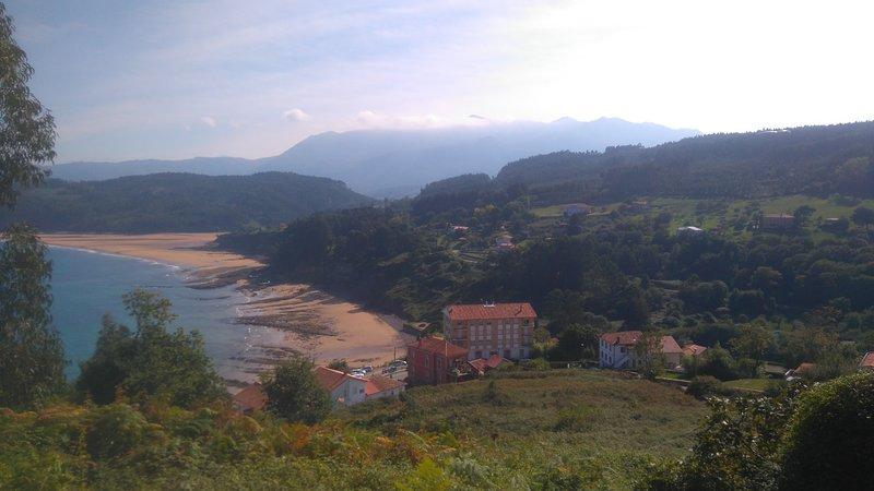 LASTRES AND BEACH BAY