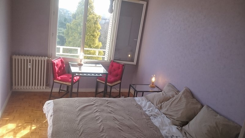 CHAMBRE PRIVEE, vacation rental in Fontaine-les-Dijon