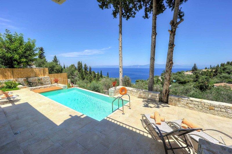 Apeiron I Villa - Instaworthy Views. Ace Location., holiday rental in Antipaxos