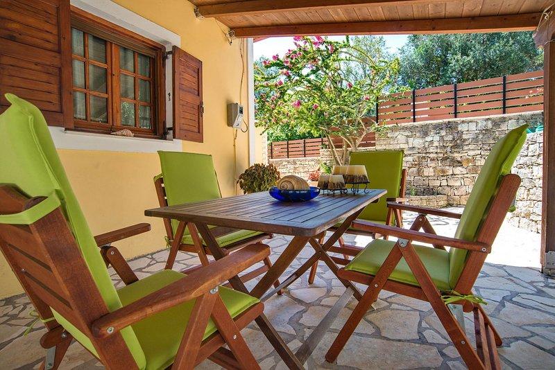 Nouritsa House - Paxos Retreats, location de vacances à Rantatika