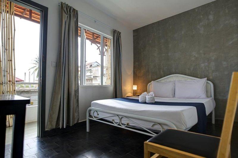 Rachana - small double room #1, aluguéis de temporada em Phnom Penh