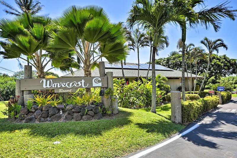 Your group of 4 will enjoy access to the Wavecrest Resort amenities.