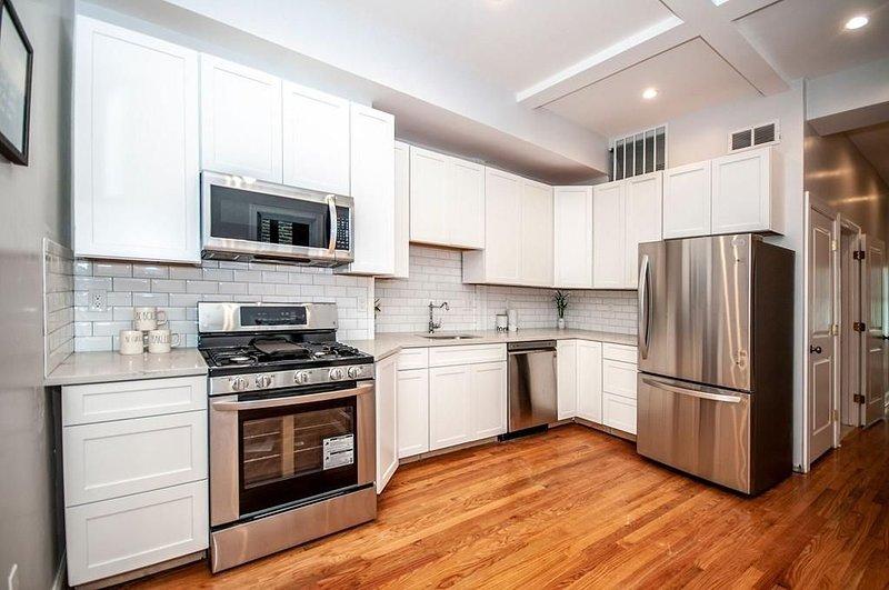 Kitchen-modern, updated appliances