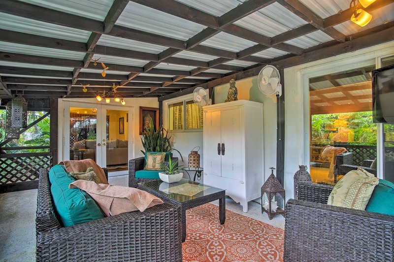 Fort Lauderdale Home w/ Hot Tub & Garden by Beach!, holiday rental in Wilton Manors