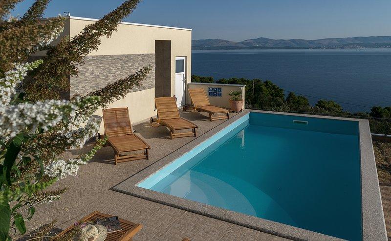 Apartment A - Vila Vita, location de vacances à Rogac