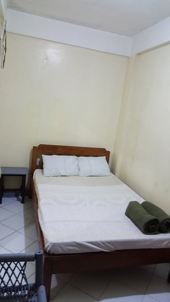 Simple Apartment for Short term transient vacation in Baguio City, holiday rental in Rosario