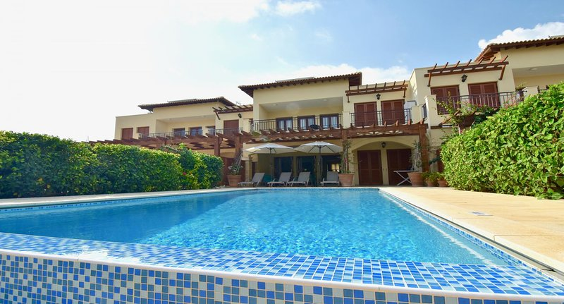 Apartment Eros - two bedroom ground floor apartment with private pool, holiday rental in Kouklia