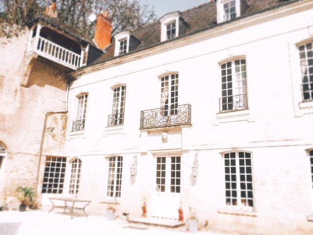 Le Grand Vaudon, chambre aux oiseaux, holiday rental in Montlouis-sur-Loire