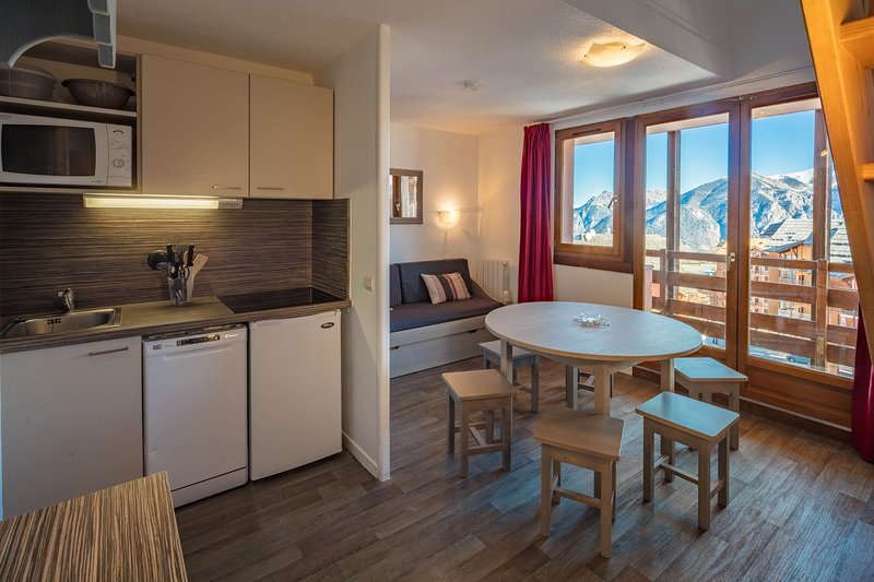 Come and stay in our gorgeous 2 bedroom apartment in Risoul!