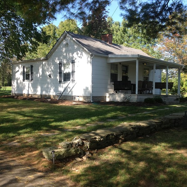 Rent Home: Charming Cottage Home On Farm In Kentucky