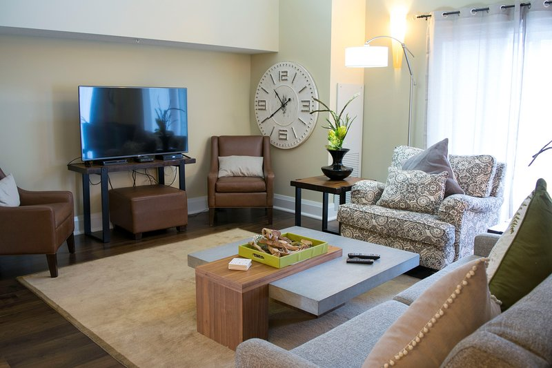 Relax and unwind in the spacious and bright living area.