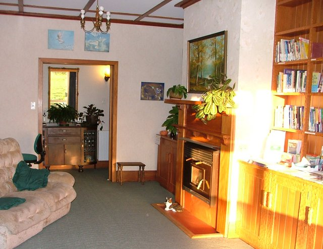 Titoki Christian Retreat and Healing Centre (Double Room 2), holiday rental in Ohope