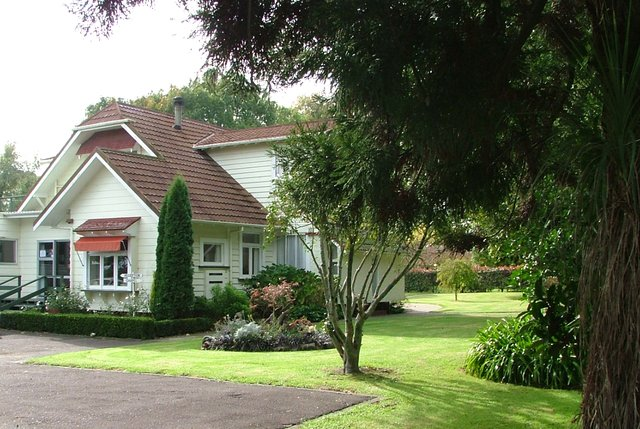 Titoki Christian Retreat and Healing Centre (Single Room 3), holiday rental in Ohope