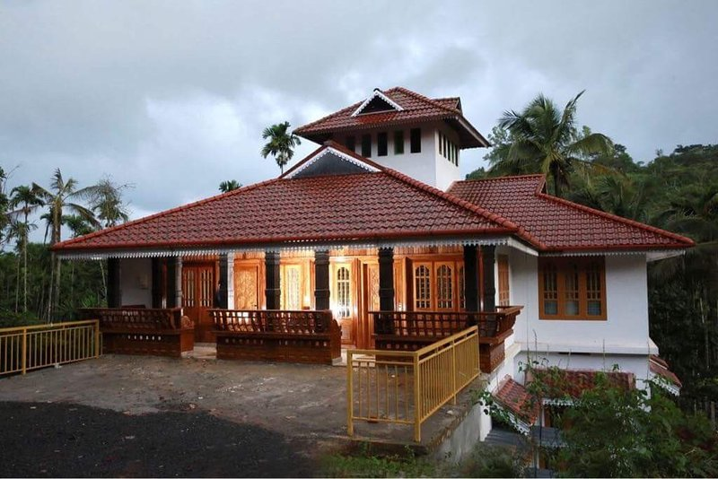 Zicilys Garden Home Stay and Service Villa chennalode and kavumannam,wayanad., vakantiewoning in Wayanad District