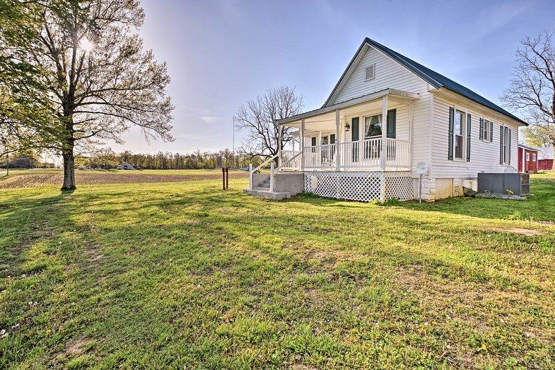'Rush Farmhouse' - 5 Mi to Shawnee National Forest, location de vacances à Paducah