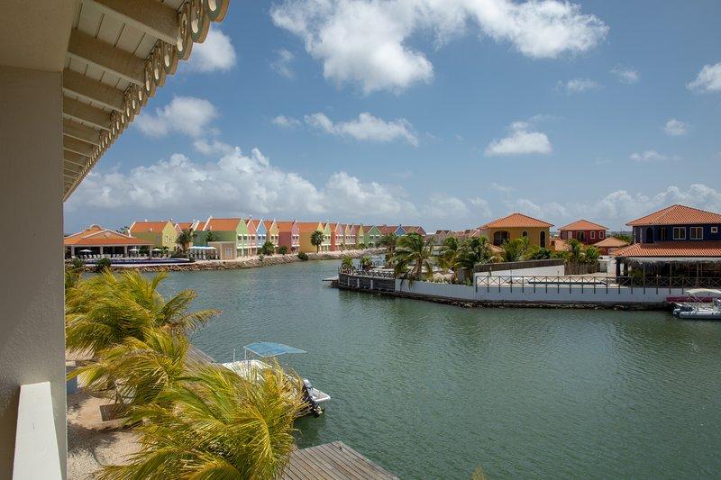 Apartment Ocean Blue on Ocean Breeze Resort, location de vacances à Kralendijk