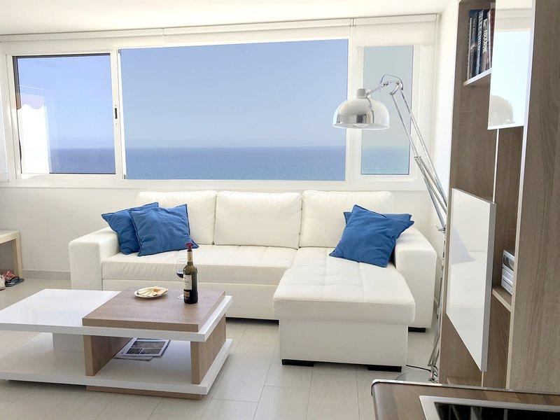 Vista desde la sala de estar sobre el mar