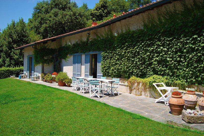 VILLA ALBA Garden front pool