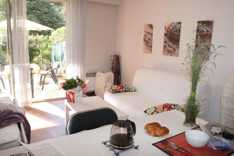 Ravissant, pratique, confortable, et proche de tout., holiday rental in Castelnau-le-Lez