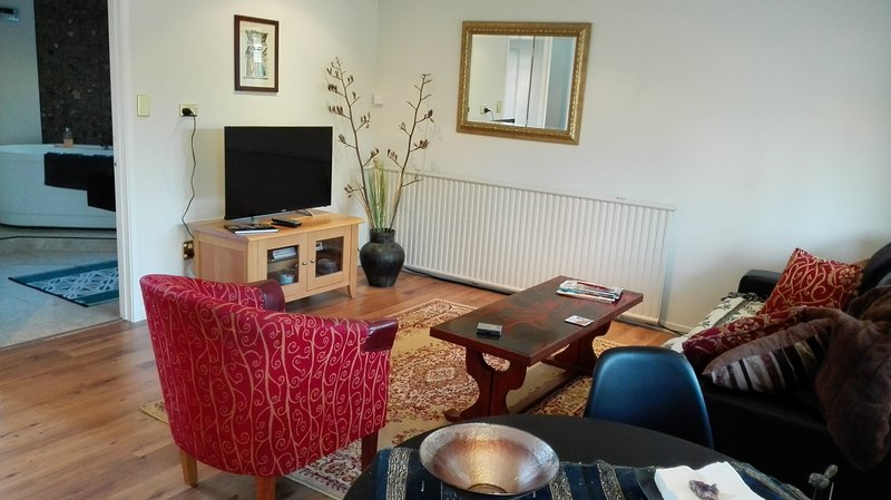 Lounge /Freeview/DVD