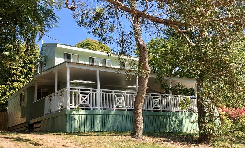 Vous allez adorer Morwong Beach Cottage et Coochiemudlo Island. 6 personnes dans 3 chambres