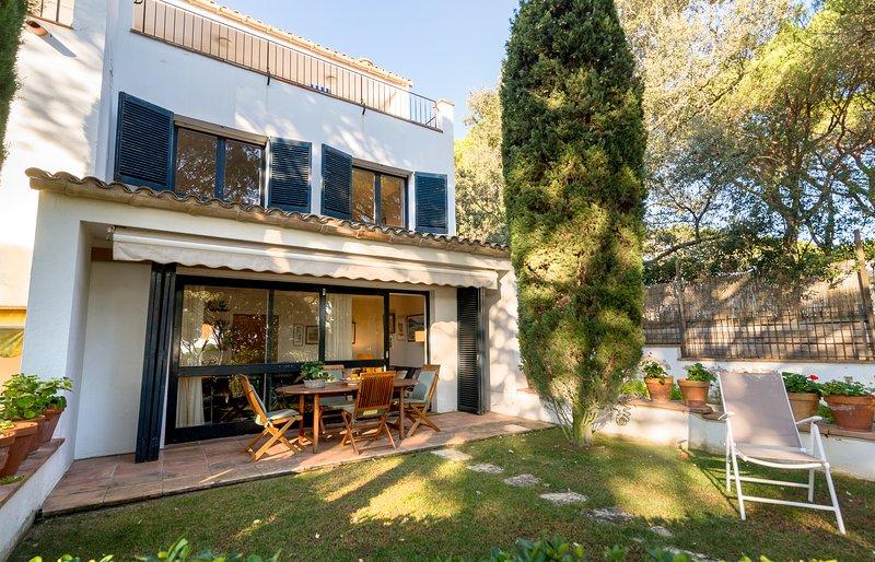 Calella de Palafrugell Holiday Home Sleeps 8 - 5674957, holiday rental in Llafranc