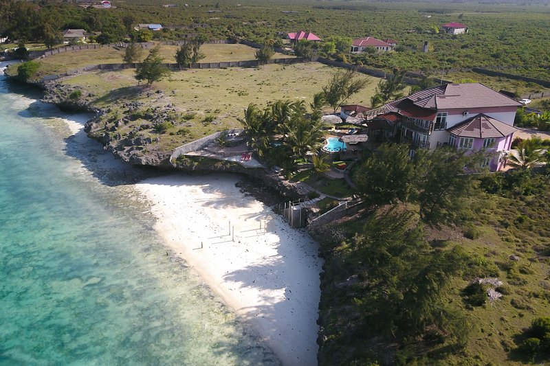 Beautiful Secluded Beach Villa, vacation rental in Zanzibar Island