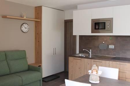 Appartamento Teresa - Livigno Centro -  3/4 posti letto, holiday rental in Trepalle