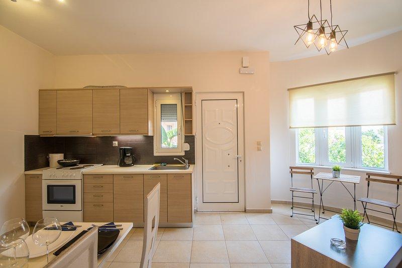 pixelart hania (home), holiday rental in Kampani