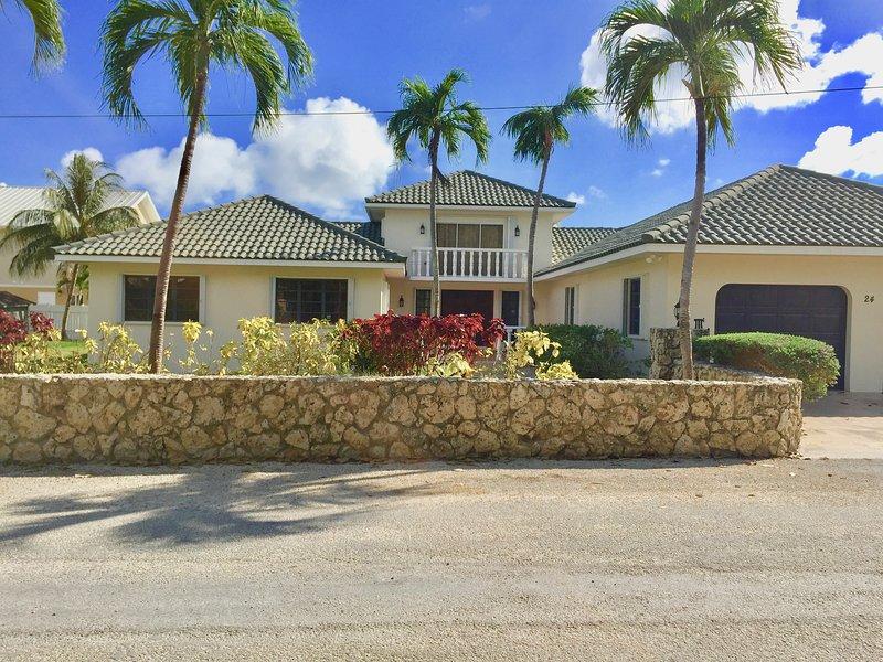 Villa Addison & Lee Cayman
