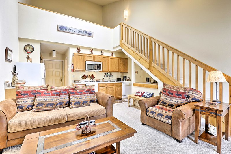 Granby Condo w/ Pool Access - by WP, Granby Ranch, holiday rental in Hot Sulphur Springs