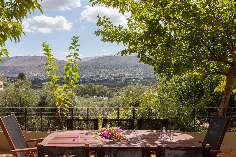 TheGroveChania - Villa, holiday rental in Perivolia