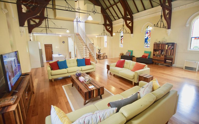 The Church * Woodford, holiday rental in Glenbrook