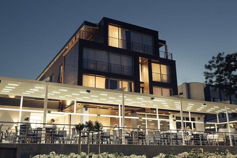 Hotel Romantique Plaza Dojran, vacation rental in Southeastern Region