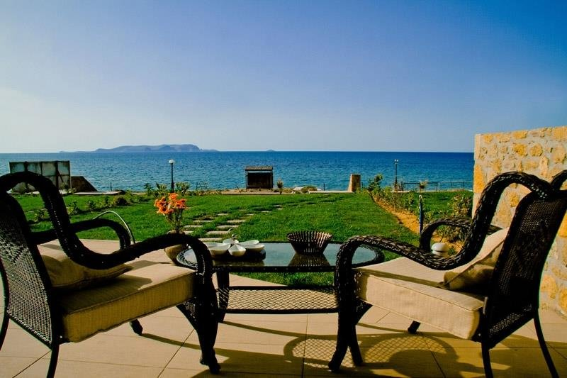 Sea View Beachfront Villa Maria, holiday rental in Epano Gouves