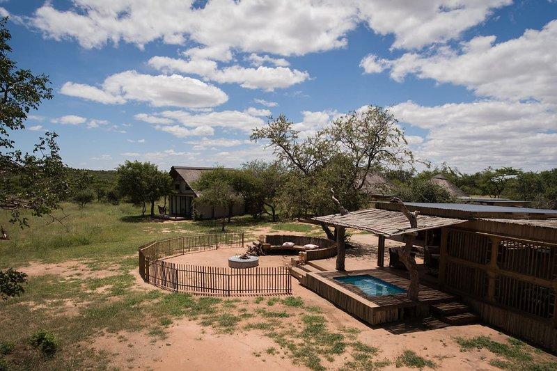 Nyumbani Estate Big 5 Eco-Safari Camp - Bongani Chalet, aluguéis de temporada em Moremela