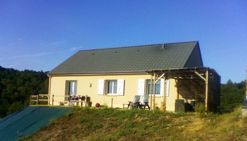 La Mirabelle 90m2 en Corrèze/Dordogne, Modern et Confortable, holiday rental in Brignac-la-Plaine