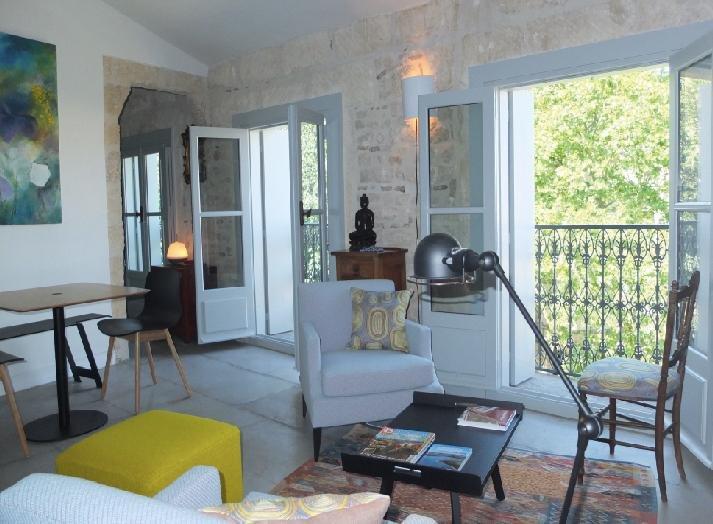 Location de Charme - Le Platane de la Canourgue, vacation rental in Montpellier