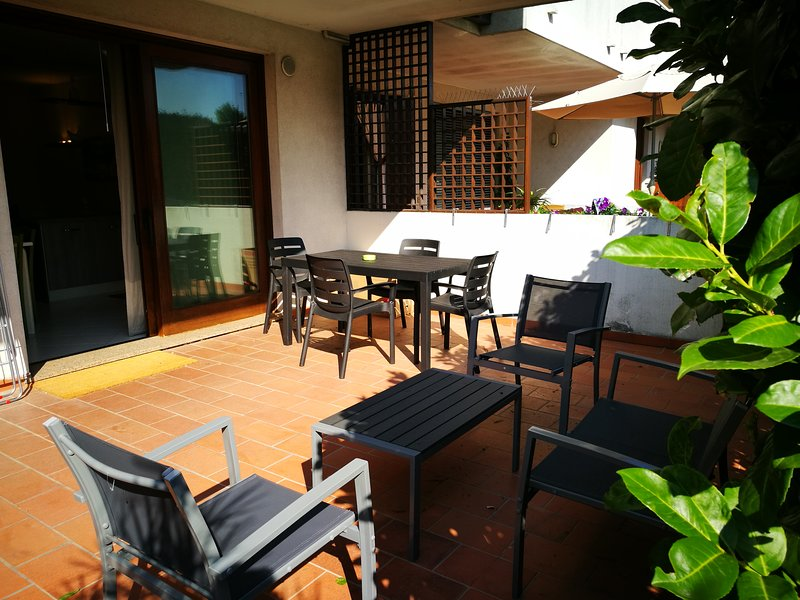 Nice studio with garden & terrace, vacation rental in Frescada