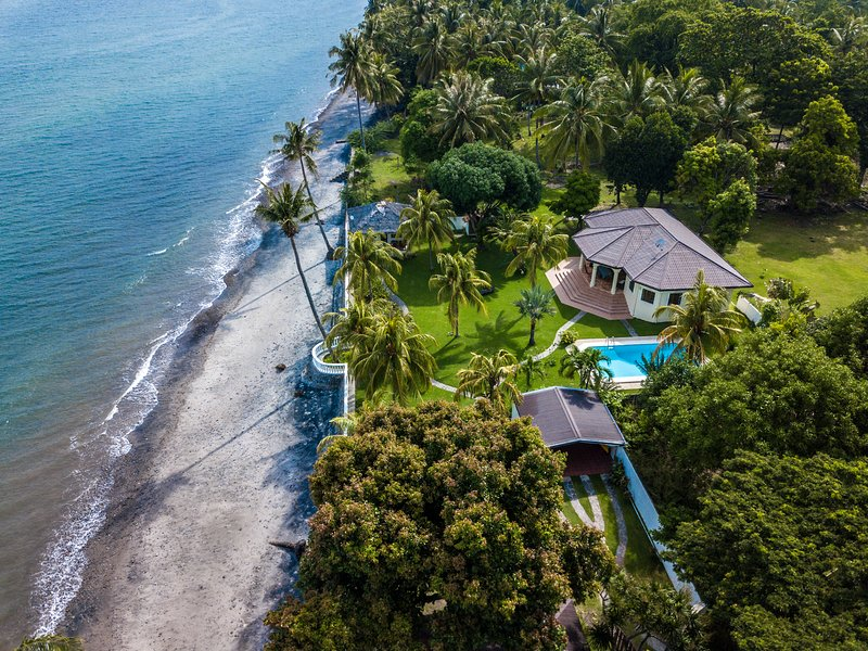 Fine Awesome Place Review Of Villa Amani Beach House Vacation Download Free Architecture Designs Sospemadebymaigaardcom