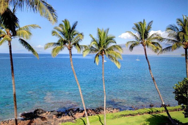 Stunning Views & Perfect Location - Royal Mauian #518 – semesterbostad i Kihei