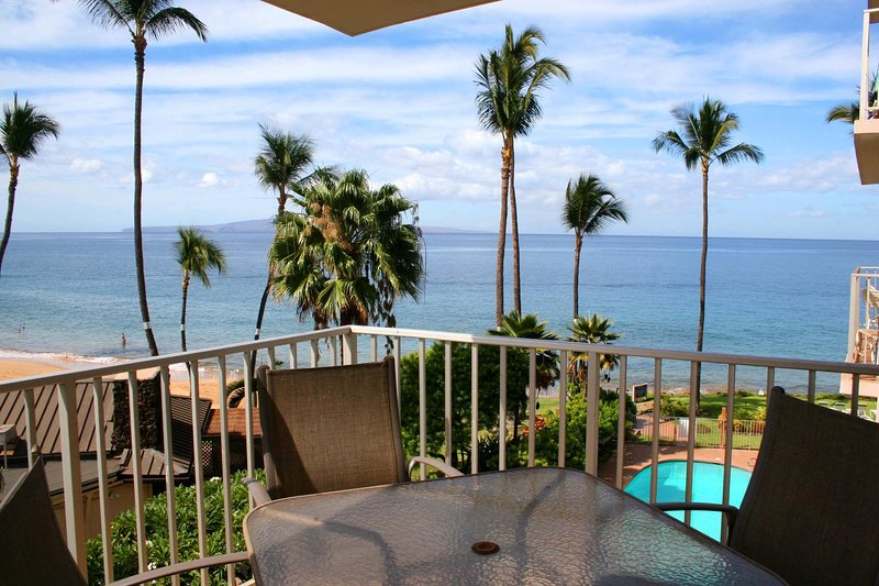 Lovely 2 BDRM Ocean View Condo - Kamaole Nalu #403, vacation rental in Kihei