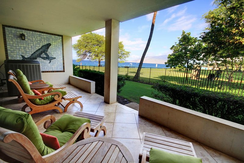 Beautiful Ocean View Bliss Awaits! - Royal Mauian #102, holiday rental in Kihei