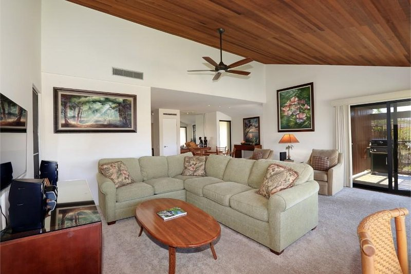 WAILEA ELUA, #0702, holiday rental in Wailea