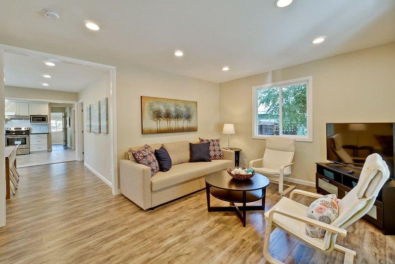 Gorgerous Spacious Corporate House Prime Location, location de vacances à San Jose