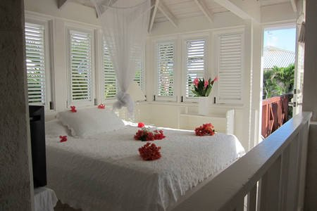 Inchcape Seaside Villas - The Seaside Cottage A - The Honeymoon Suite, holiday rental in Silver Sands