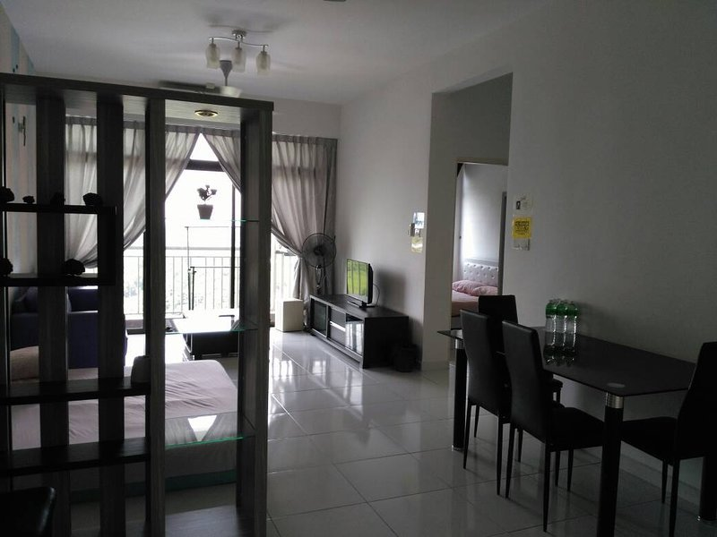 MAS PLACE (Apartment 2), holiday rental in Kulai