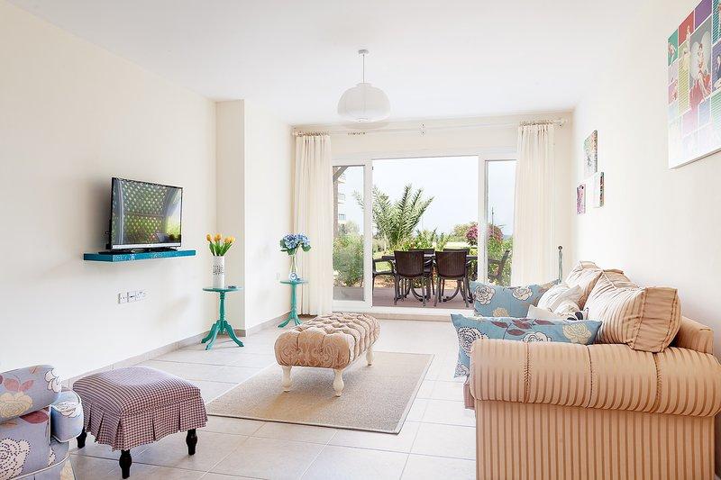 Pentapool Apartment with Private Pool, alquiler vacacional en Galatia